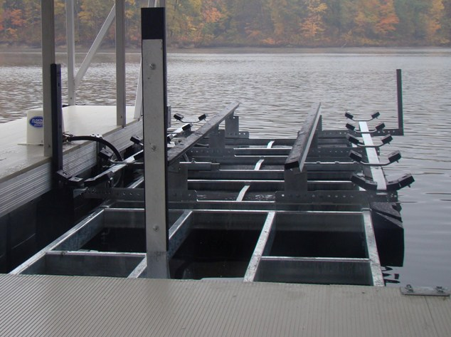 Front Mount Boat Lifts - FloatAir Boatlifts